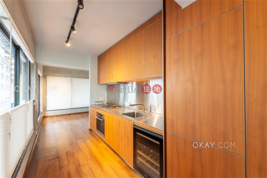 Gorgeous 2 bedroom in Sheung Wan | For Sale, 224-226 Hollywood Road | Central District, Hong Kong | Sales | HK$ 28M