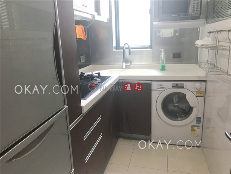 Gorgeous 3 bedroom with sea views | Rental | Tower 6 The Long Beach 浪澄灣6座 Rental Listings