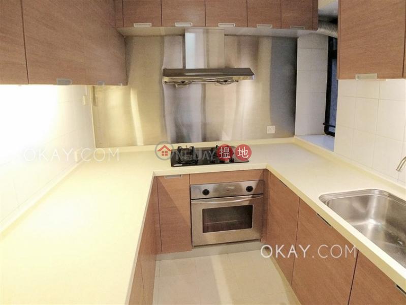 HK$ 42,000/ 月-殷樺花園-西區-3房2廁,海景,連車位《殷樺花園出租單位》