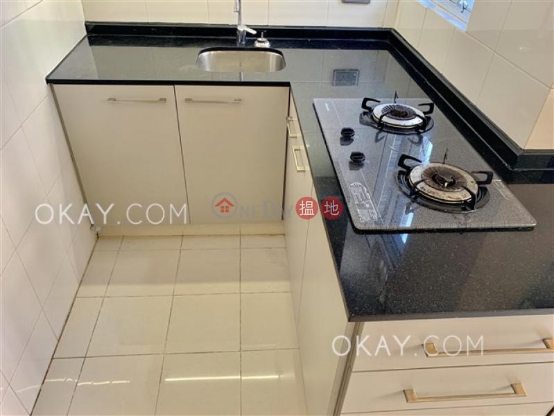 3房1廁《般安閣出租單位》-3般咸道 | 西區香港出租-HK$ 29,500/ 月