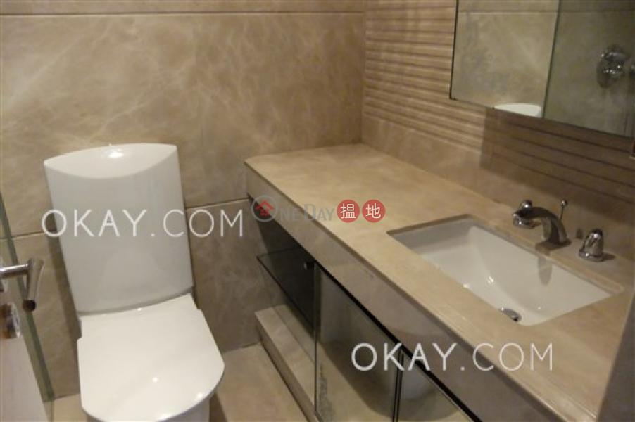 Unique 3 bedroom with balcony | Rental, No 31 Robinson Road 羅便臣道31號 Rental Listings | Western District (OKAY-R68690)