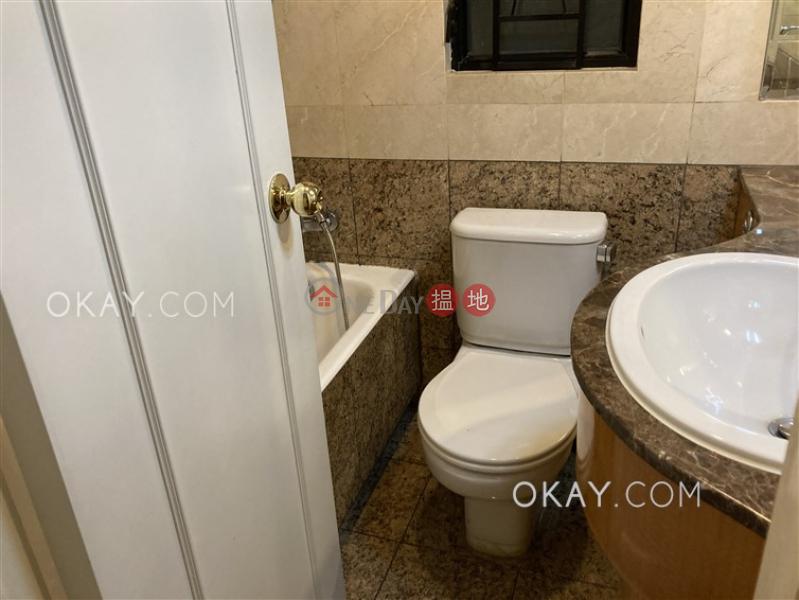 香港搵樓|租樓|二手盤|買樓| 搵地 | 住宅出租樓盤-3房2廁顯輝豪庭出租單位