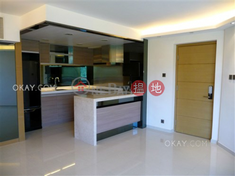 Elegant penthouse with sea views, balcony | For Sale|Block A (Flat 1 - 8) Kornhill(Block A (Flat 1 - 8) Kornhill)Sales Listings (OKAY-S76983)_0
