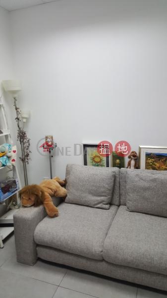 HK$ 550萬|明報工業中心A座柴灣區-小西灣開放式筍盤出售|住宅單位