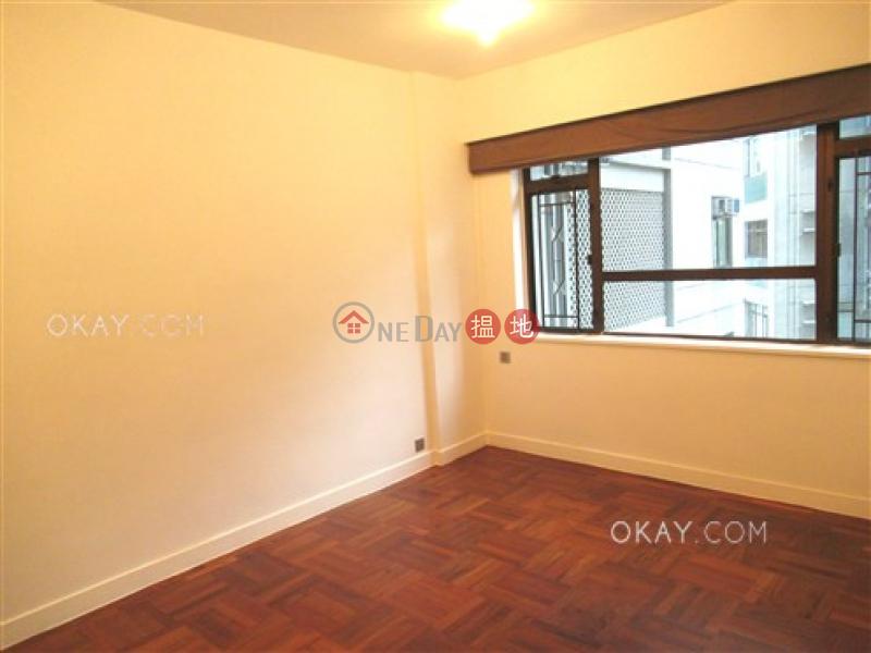 HK$ 86,000/ 月松柏新邨灣仔區-4房2廁,實用率高,連車位,露台《松柏新邨出租單位》