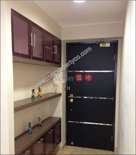 Property Search Hong Kong | OneDay | Residential | Rental Listings | 2 Bedrooms Apartment in Mid-Level Central for Rent