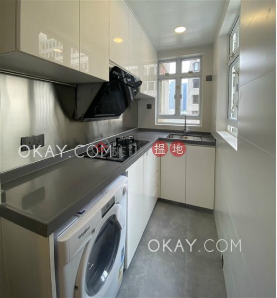 3房1廁《德安樓出租單位》32-34摩理臣山道 | 灣仔區|香港出租HK$ 25,800/ 月