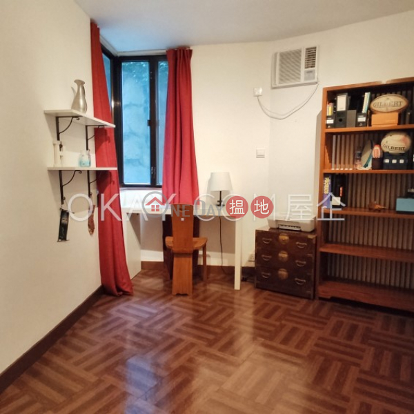 HK$ 48,000/ month Greenery Garden, Western District Rare 3 bedroom with balcony | Rental