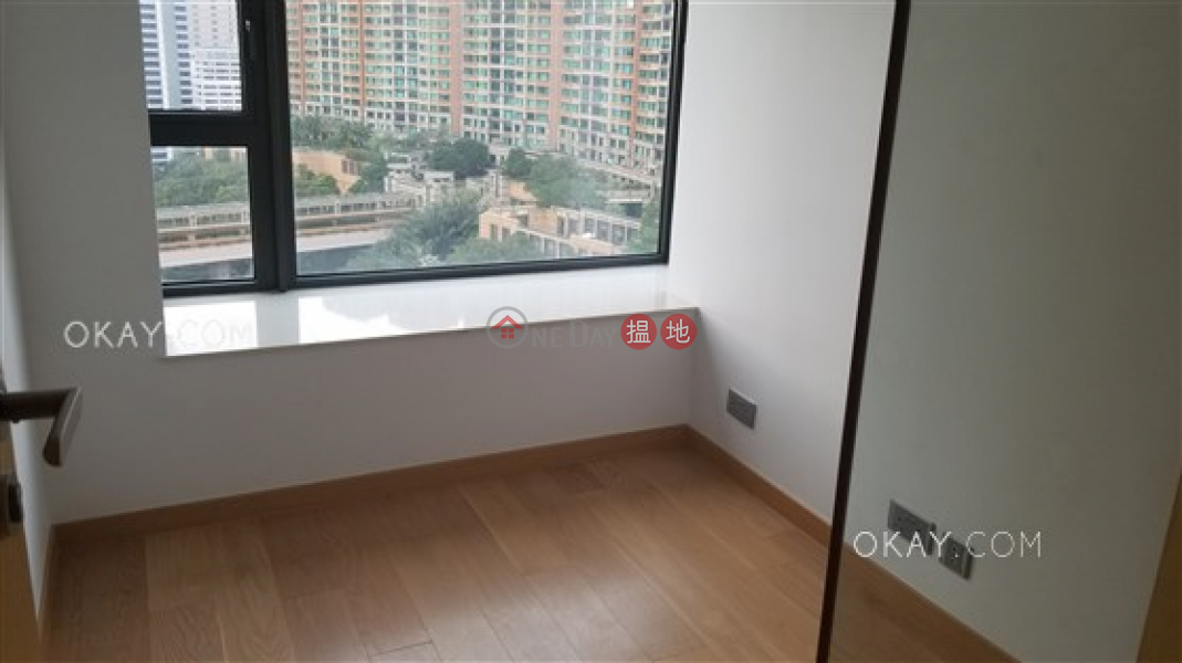 HK$ 37,500/ month, Tagus Residences Wan Chai District | Lovely 2 bed on high floor with racecourse views | Rental