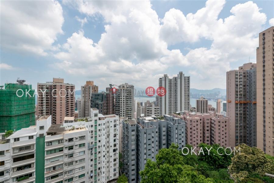 HK$ 85,000/ 月-年豐園 西區2房2廁,實用率高,極高層,連車位《年豐園出租單位》