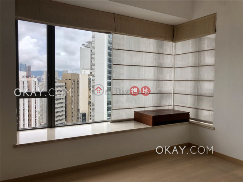 Luxurious 3 bedroom with balcony | For Sale | SOHO 189 西浦 Sales Listings