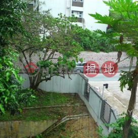 Beautiful 3 bedroom with parking | For Sale