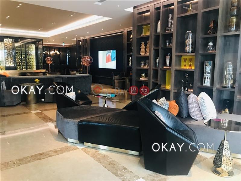 HK$ 18M | Cullinan West II | Cheung Sha Wan, Rare 1 bedroom on high floor with sea views & balcony | For Sale