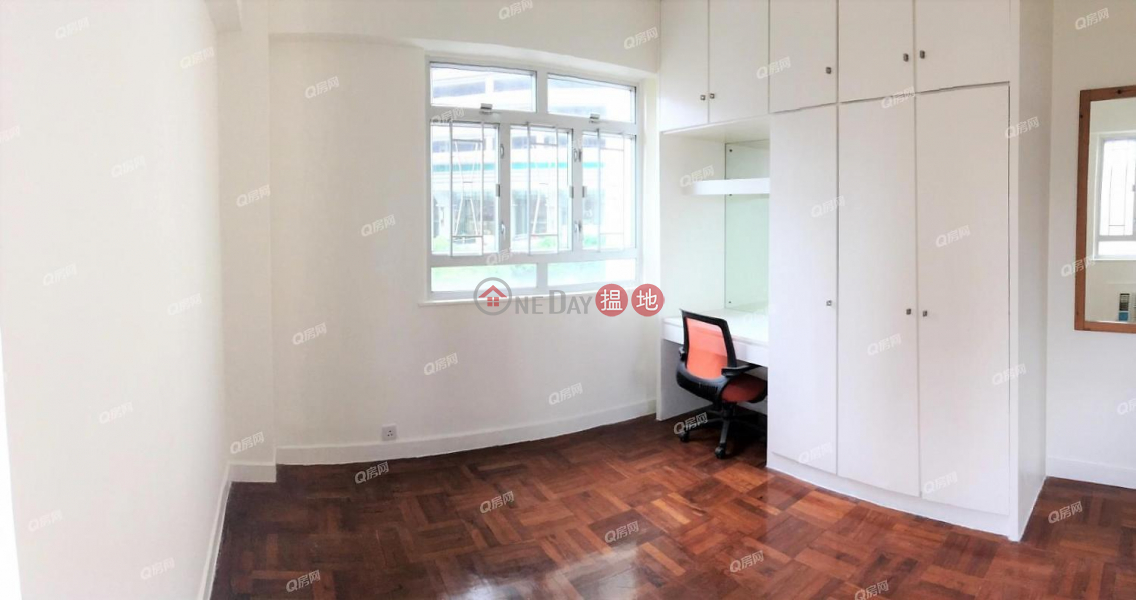 Property Search Hong Kong | OneDay | Residential Rental Listings | Wing Hong Mansion | 3 bedroom High Floor Flat for Rent