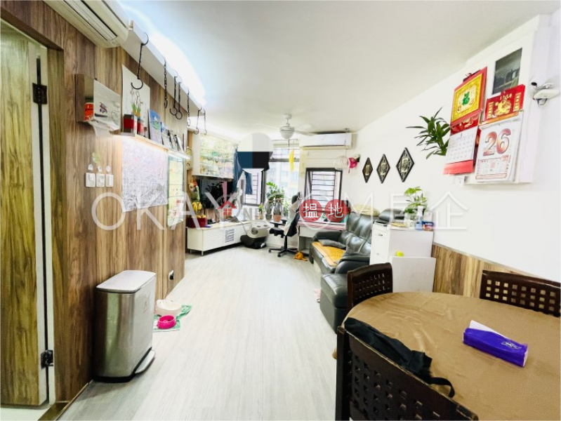 Unique 2 bedroom in Sheung Wan   For Sale   Hollywood Terrace 荷李活華庭 Sales Listings