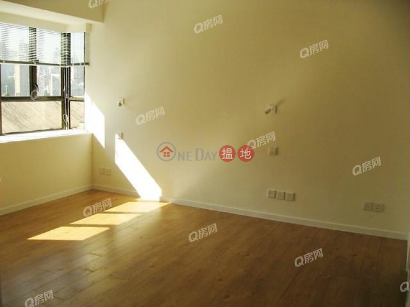 Property Search Hong Kong | OneDay | Residential | Sales Listings Winfield Building Block C | 3 bedroom Low Floor Flat for Sale