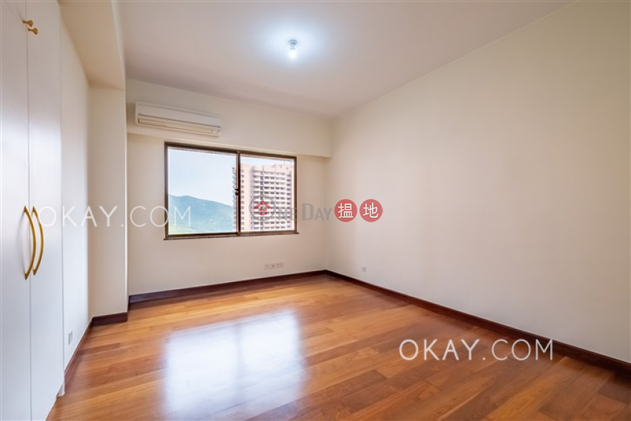 Gorgeous 4 bedroom with balcony & parking | For Sale | Parkview Heights Hong Kong Parkview 陽明山莊 摘星樓 Sales Listings
