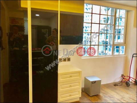 Newly Decorated Apartment for Rent in Wan Chai|Mountain View Mansion(Mountain View Mansion)Rental Listings (A062688)_0