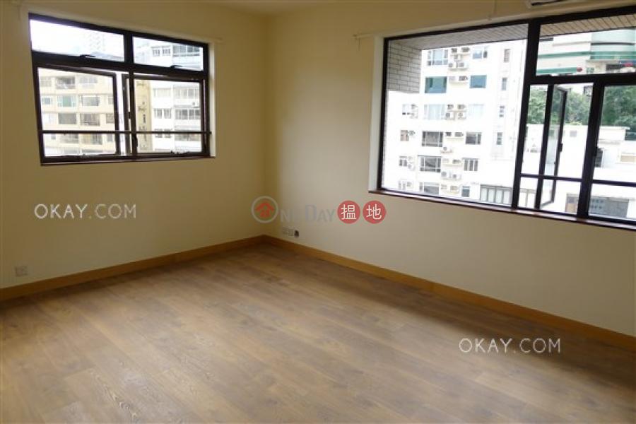 HK$ 4,000萬威豪閣-中區-2房2廁,實用率高,連車位《威豪閣出售單位》