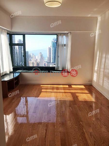 Property Search Hong Kong | OneDay | Residential | Rental Listings | Robinson Place | 3 bedroom Mid Floor Flat for Rent