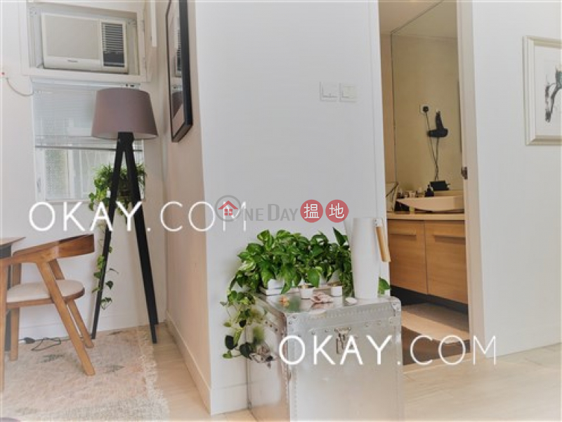 Property Search Hong Kong   OneDay   Residential   Sales Listings   Stylish 2 bedroom in Pokfulam   For Sale