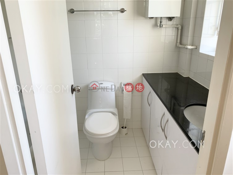 HK$ 68,000/ month, Country Apartments, Southern District, Efficient 3 bedroom with rooftop, balcony | Rental