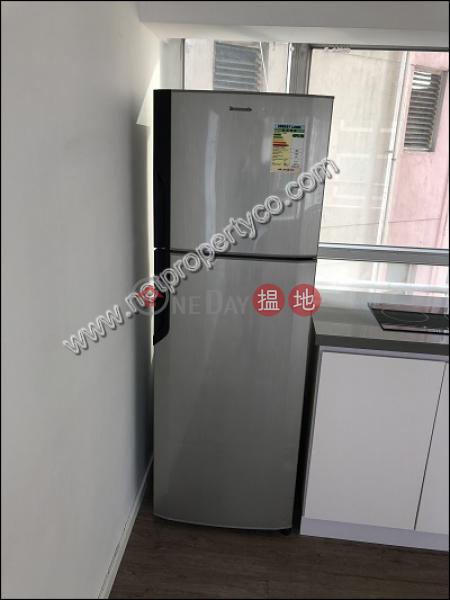 榮興商業大廈16修打蘭街 | 西區|香港-出租HK$ 36,000/ 月