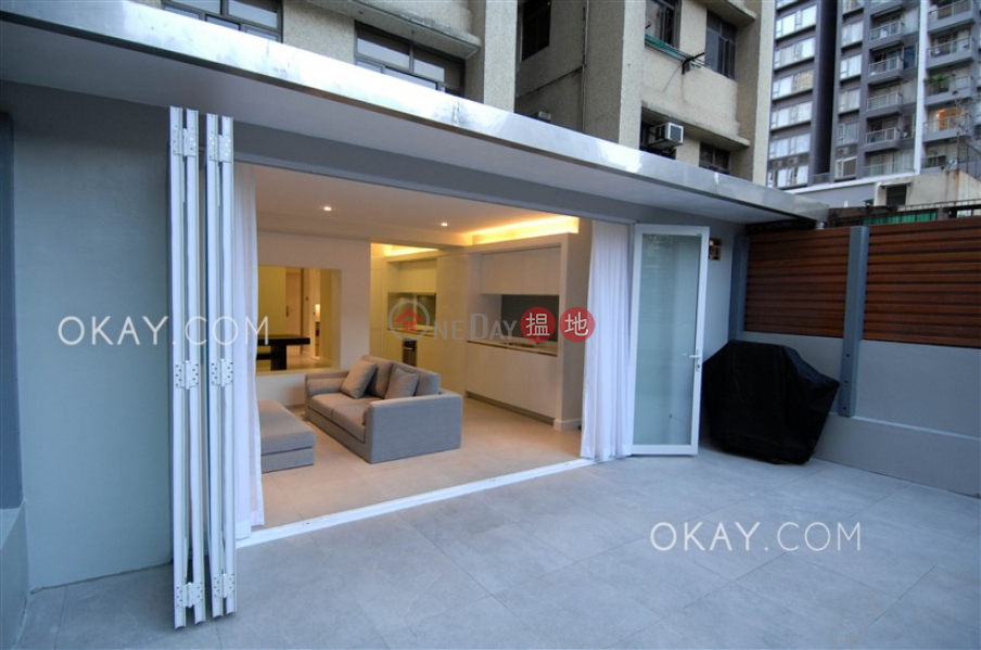 HK$ 33,000/ month | Tong Nam Mansion, Western District, Nicely kept 1 bedroom with terrace | Rental