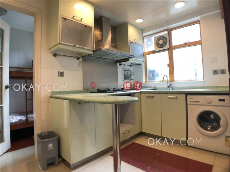 HK$ 53,000/ month | Robinson Place | Western District Tasteful 3 bedroom in Mid-levels West | Rental