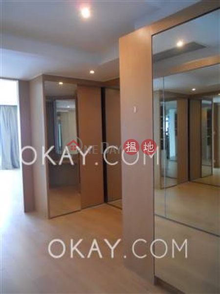 HK$ 188,000/ month Phase 4 Bel-Air On The Peak Residence Bel-Air Southern District Beautiful 5 bed on high floor with sea views & balcony | Rental