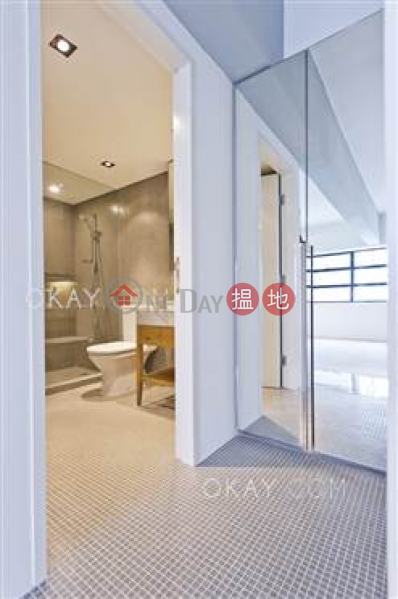 E. Tat Factory Building, Middle Residential, Sales Listings HK$ 40M