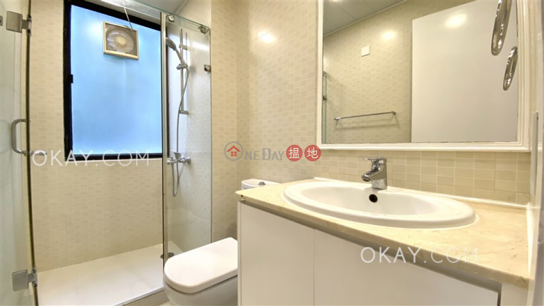 HK$ 55,000/ 月南灣大廈南區|2房2廁,連車位《南灣大廈出租單位》