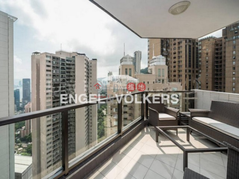 HK$ 75M | Tregunter Central District | 4 Bedroom Luxury Flat for Sale in Central Mid Levels