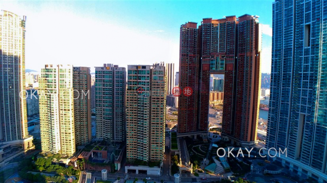 Property Search Hong Kong | OneDay | Residential Rental Listings | Elegant 2 bedroom in Kowloon Station | Rental