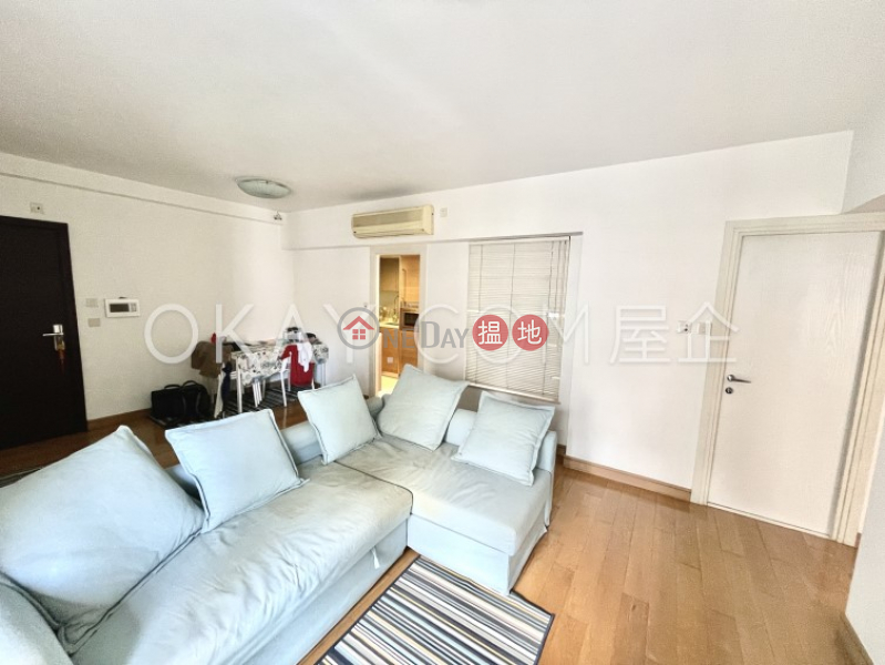Gorgeous 3 bedroom with balcony | Rental | 108 Hollywood Road | Central District Hong Kong, Rental HK$ 55,000/ month