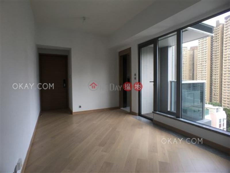 香港搵樓|租樓|二手盤|買樓| 搵地 | 住宅出售樓盤3房1廁,星級會所,露台《倚南出售單位》