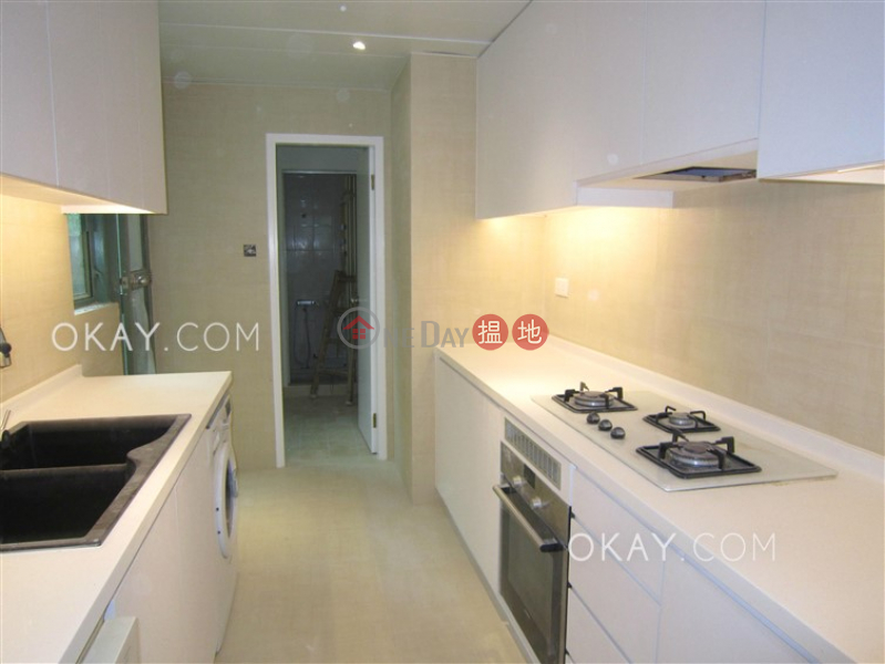 HK$ 50,000/ month, Discovery Bay, Phase 11 Siena One, Block 40 Lantau Island | Gorgeous 3 bedroom with terrace | Rental