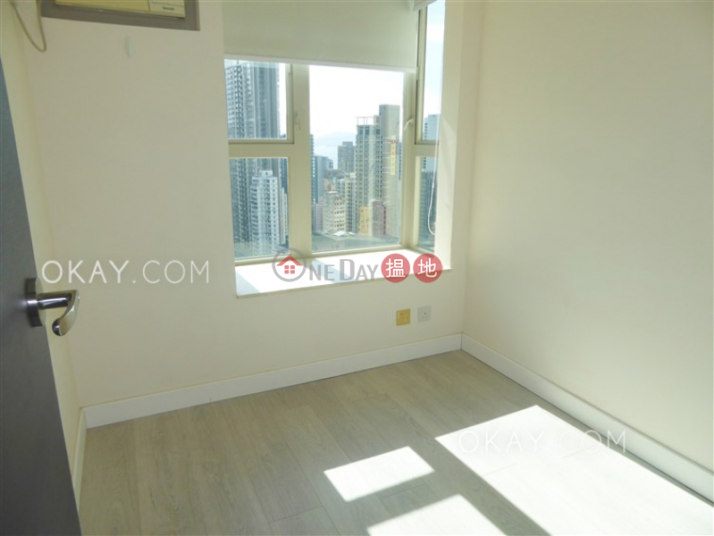 Centre Place, Middle Residential Rental Listings   HK$ 37,000/ month