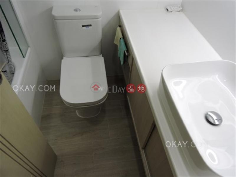 Tasteful 2 bedroom in Mid-levels West | For Sale | Caine Building 廣堅大廈 Sales Listings