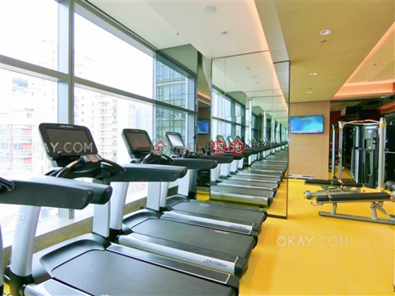 Unique 2 bedroom on high floor with balcony | For Sale | King\'s Hill 眀徳山 Sales Listings