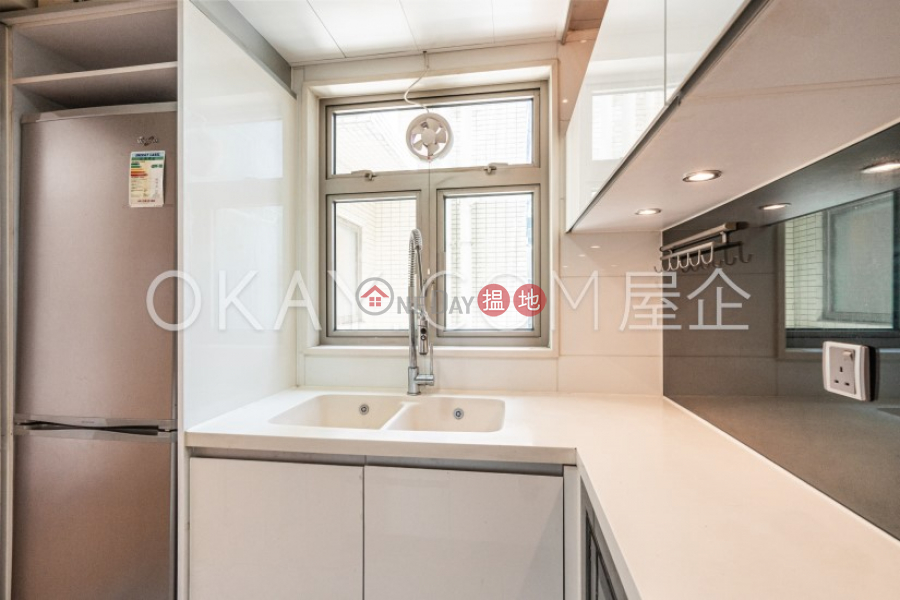 HK$ 27,000/ 月君匯港5座|油尖旺-3房1廁,極高層,星級會所君匯港5座出租單位