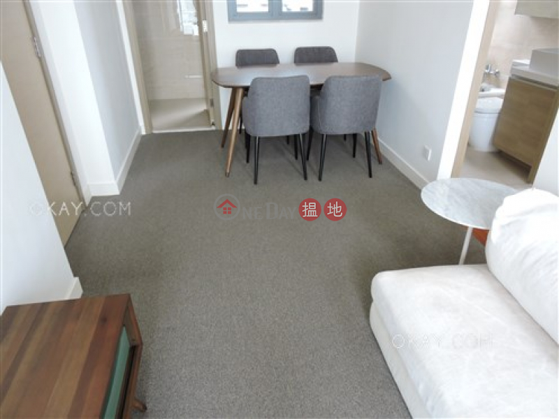 Unique 3 bedroom on high floor with sea views & balcony | Rental | 18 Catchick Street 吉席街18號 Rental Listings
