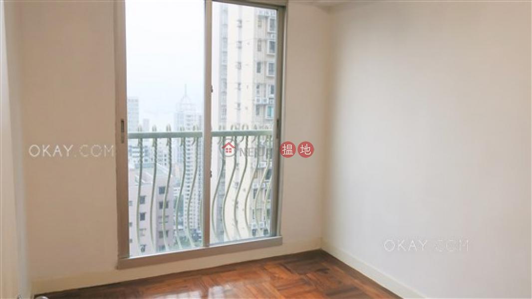 HK$ 44,000/ month | Skyview Cliff, Western District, Tasteful 3 bedroom in Mid-levels West | Rental