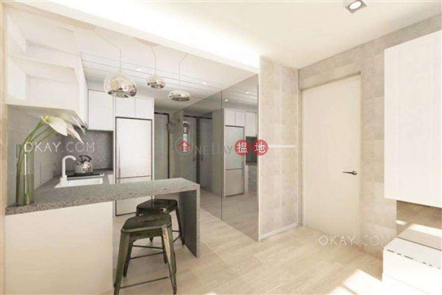 Popular 1 bedroom in Mid-levels West | For Sale, 6 Mosque Street | Western District, Hong Kong | Sales | HK$ 9.5M