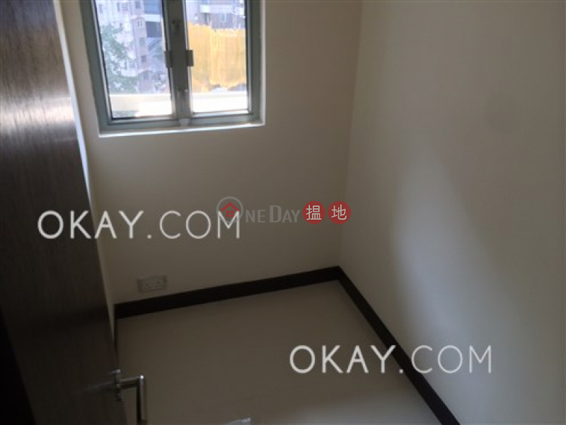 HK$ 38,000/ month, Casa Bella, Central District Gorgeous 3 bedroom with sea views & parking | Rental