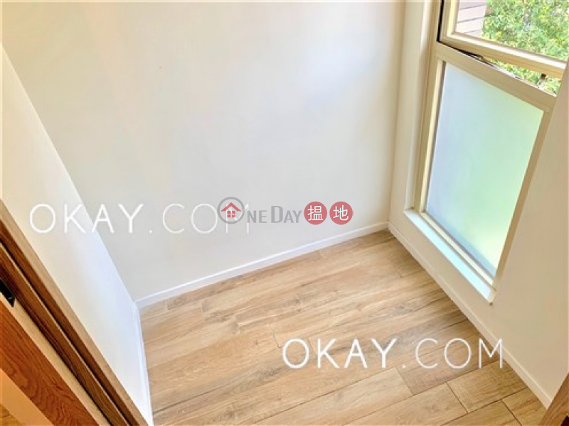 HK$ 40,000/ month, St. Joan Court Central District Charming 1 bedroom with balcony | Rental