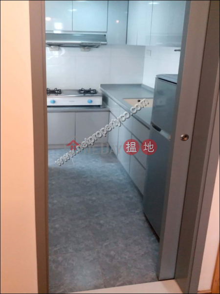 Apartment for Rent in Kennedy Town, 13 Belchers Street | Western District, Hong Kong Rental | HK$ 19,998/ month