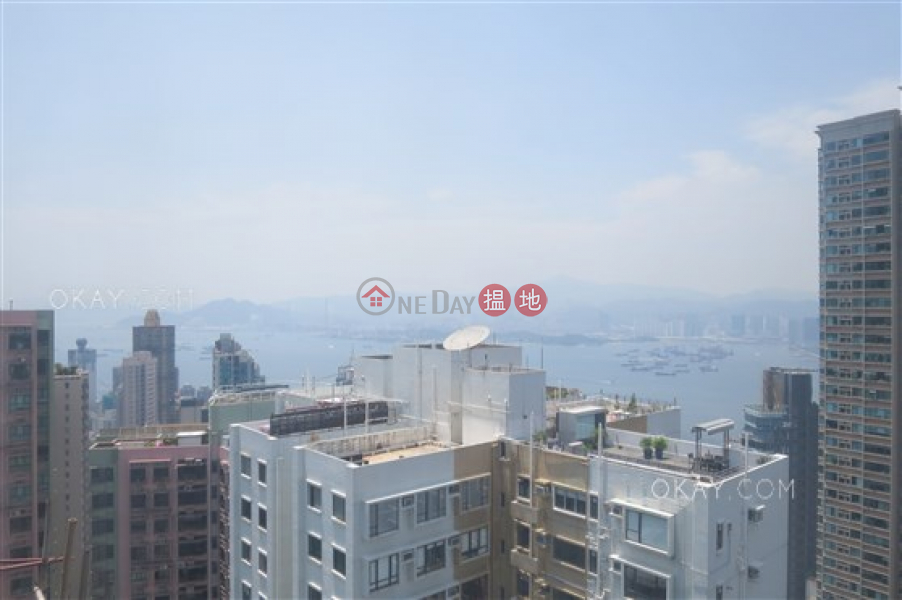 Stylish 3 bedroom on high floor with parking | For Sale | Valiant Park 駿豪閣 Sales Listings