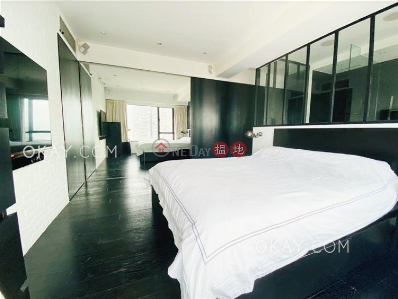 HK$ 2,550萬|華輝閣-西區2房3廁,極高層《華輝閣出售單位》