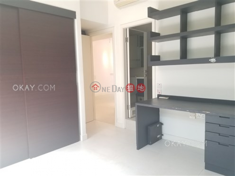 Nicely kept 2 bedroom with terrace & parking | For Sale | Billion Terrace 千葉居 Sales Listings